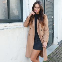 foto: Evi Baerents Kleding: Comegetfashion